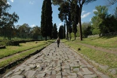 Camminata Meditativa lungo la Via Appia Antica