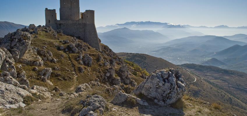 Parco Nazionale del Gran Sasso: Santo Stefano di Sessanio e la fortezza di Rocca Calascio